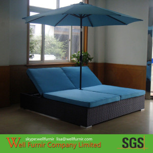 Blue Patio Rattan Sun Loungers , Poolside Cane Sun Lounger WF-0796 (1)