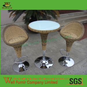 Well Furnir Design Palm Harbor Round Rattan Bar Set  3-Piece WF-0959